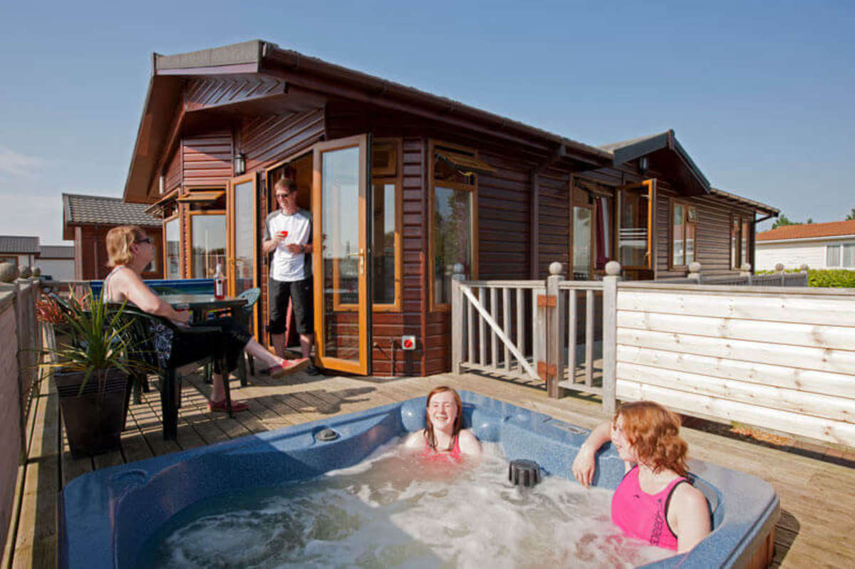 holiday parks in norfolk family holidays in norfolk rh searles co uk