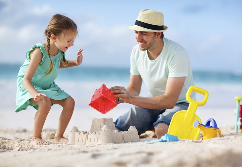 low cost family activities holiday